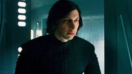 details-on-kylo-ren-and-reys-contempt-for-him-plus-captain-phasma-will-be-put-into-action-social